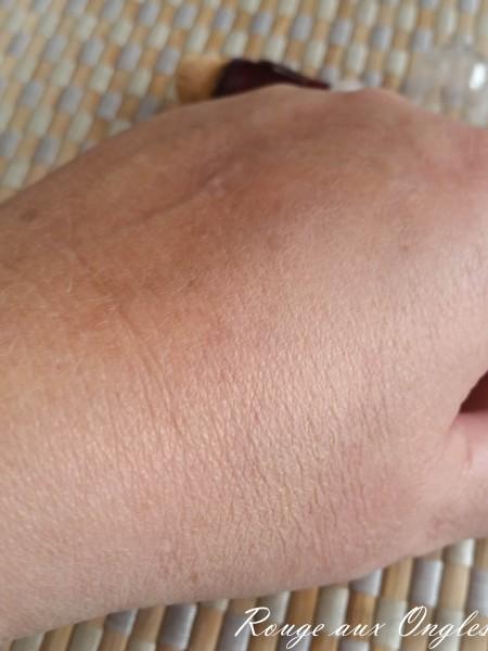 Effaceur Yeux de Maybelline - Rouge aux Ongles