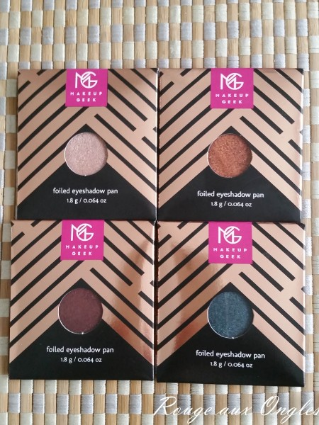 Les Fards Foiled de Makeup Geek - Rouge aux Ongles