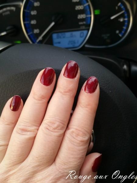 L'Easy Gel Polish de P2 - Rouge aux Ongles
