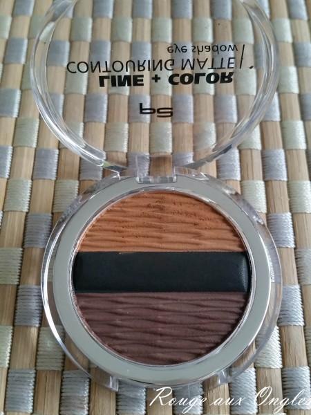Line + Color Contouring Matte Eye Shadow de P2 - Rouge aux Ongles