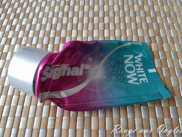 Le Dentifrice White Now de Signal - Rouge aux Ongles
