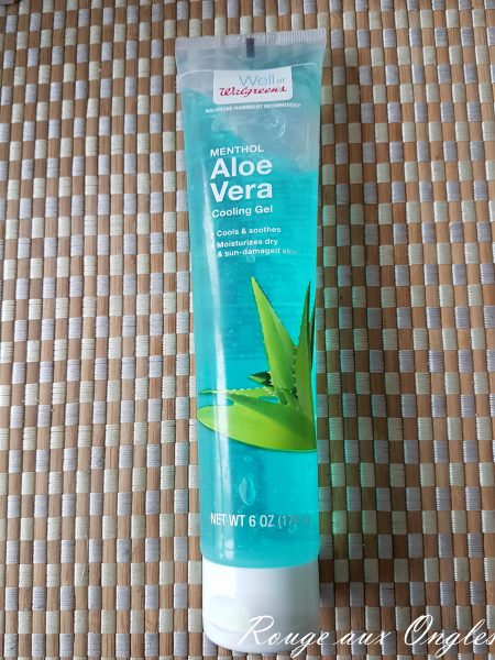 Gel d'Aloe Vera de Well - Rouge aux Ongles