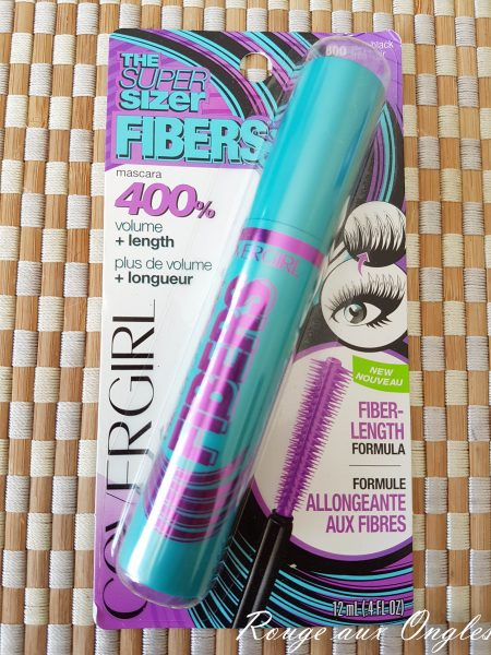 Mascara Super Size Fibers de CoverGirl - Rouge aux Ongles