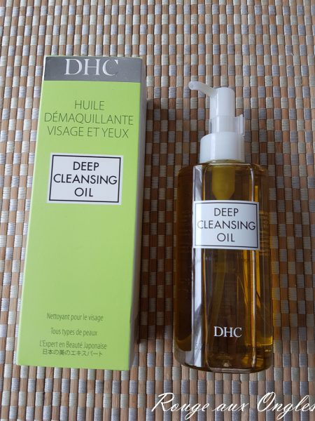 La Deep Cleansing Oil de DHC - Rouge aux Ongles