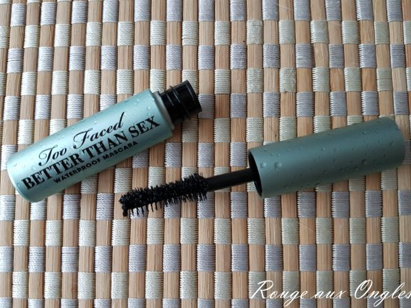 Le mascara Better than sex waterproof de Too Faced - Rouge aux Ongles